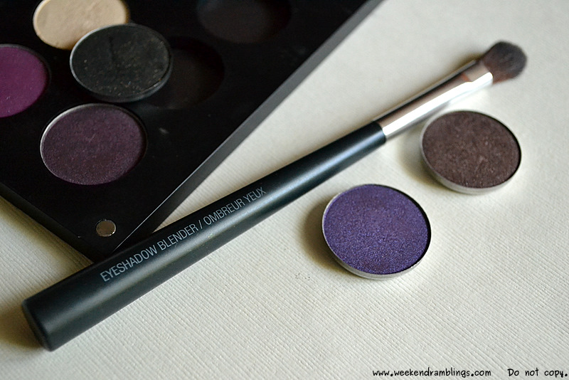 tbs the body shop eyeshadow makeup blending blender brushes beauty blog reviews indian uses how to