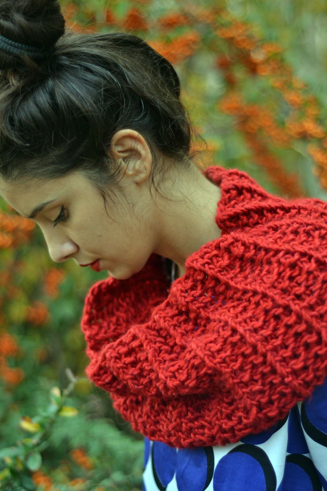 Flat Knot Knitting Stitch : mokosha: cowls