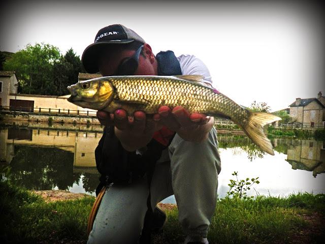 street fly fishing aveyron chevesne