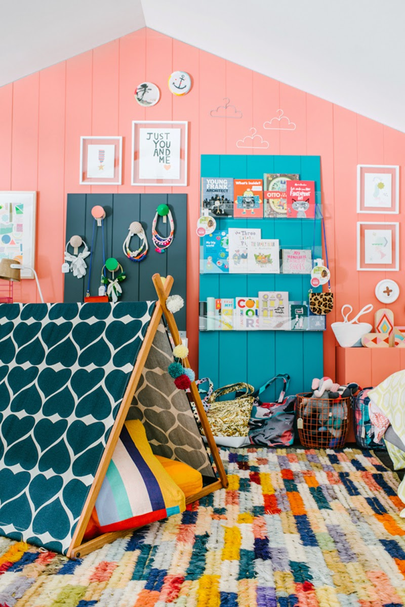 Brightly+colour+childrens+bedroom