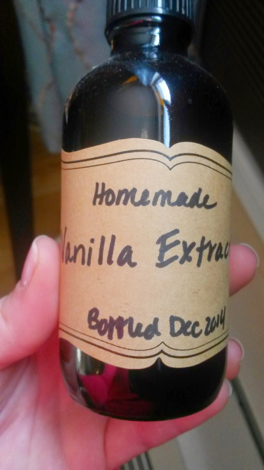 Delightful Homemade Vanilla Extract