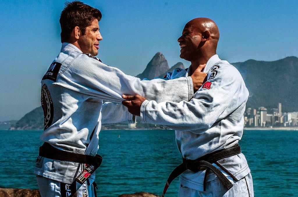 Caio Almeida e Delson Pé de Chumbo se enfrentam nas lutas profissionais da Guerra Galáctica (Créditos: Daniel Amaral)