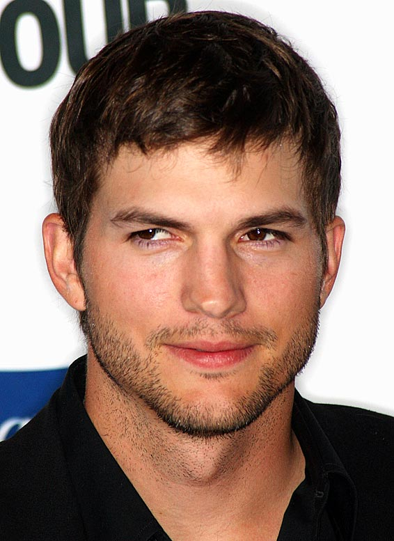 Zona: Money Cool Baby Ashton-kutcher