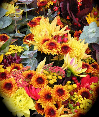 Thanksgiving Flowers, Humboldthead Photography, DIY Holiday Home