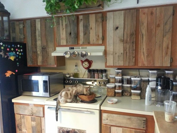 Voici des id es de cuisines et meubles en palettes photos du net id es et - Table de cuisine originale ...