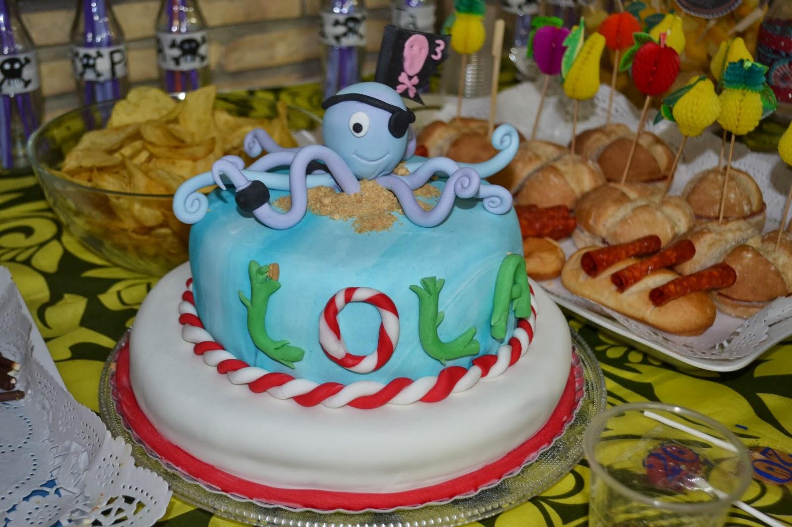 Pasteleria creativa con acento ruso tarta pirata lola - El piso de lola ...