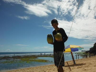 Pesan kelapa muda