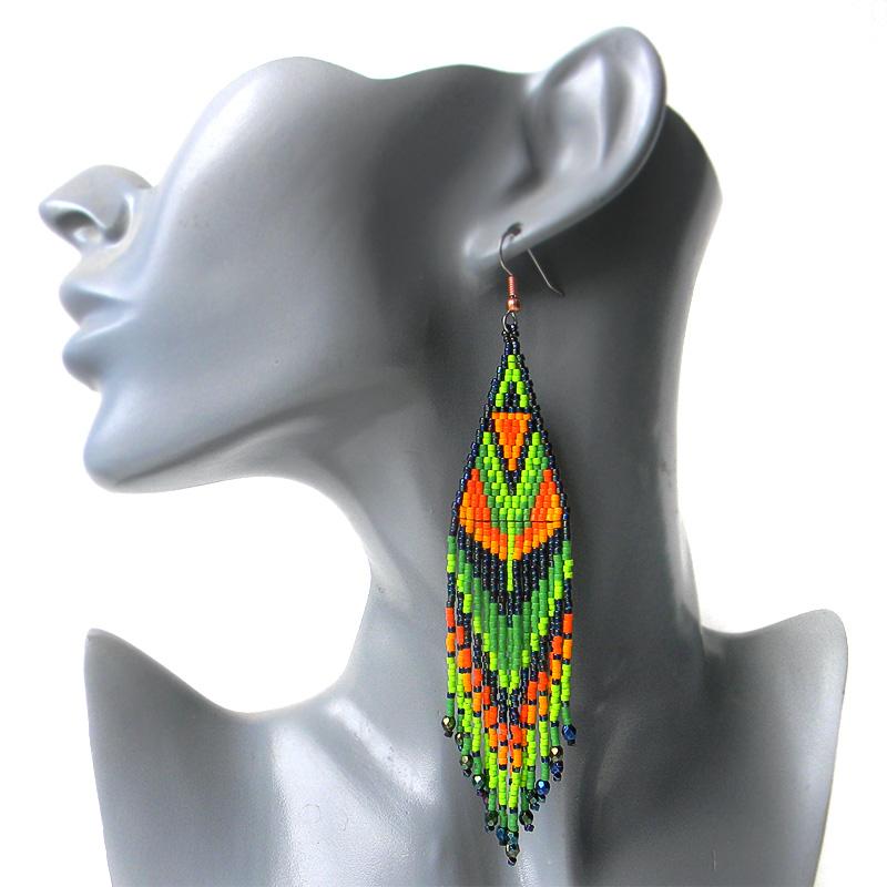 Красочные серьги из бисера «Тропические» - длинные этно-серьги