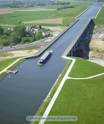 Navigable Aqueduct, West Belgium