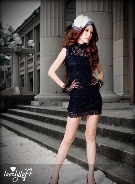 Black lace body hugging dresses