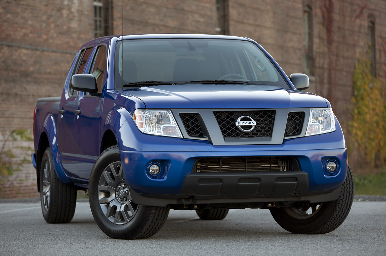 2004 nissan frontier accessory: