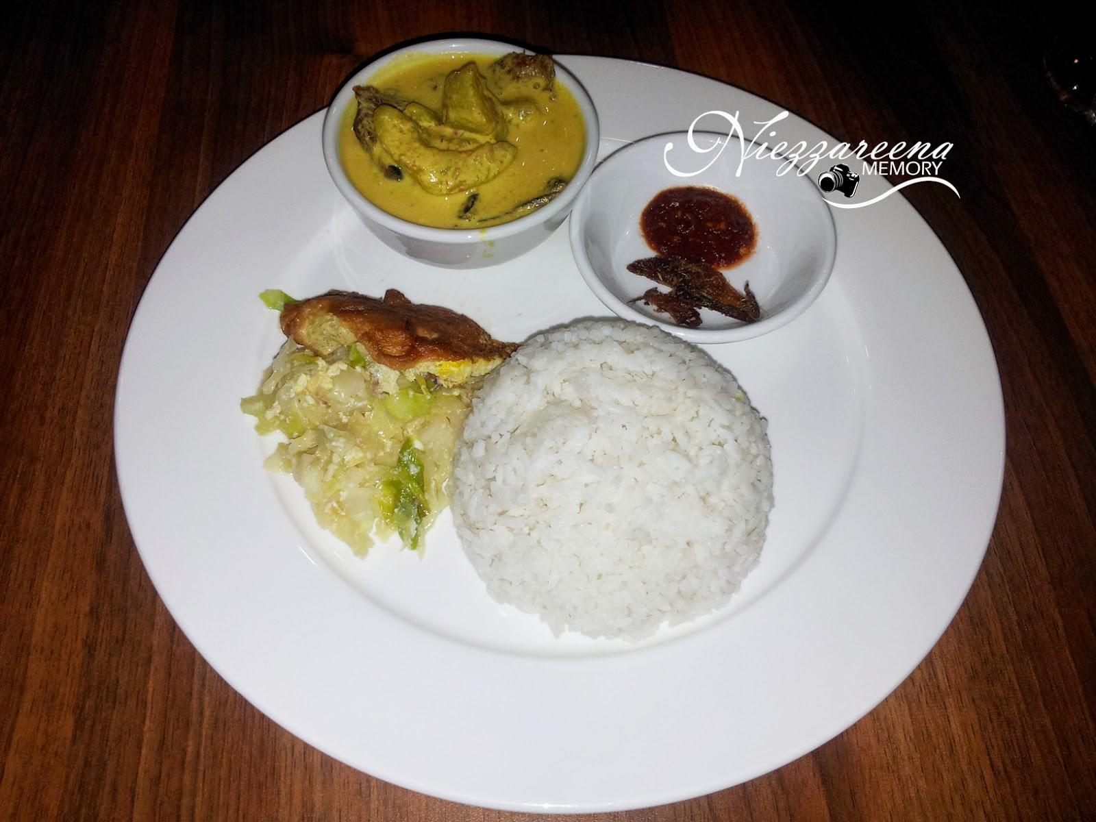 niezzareenamemory02: khadijah\'s kitchen