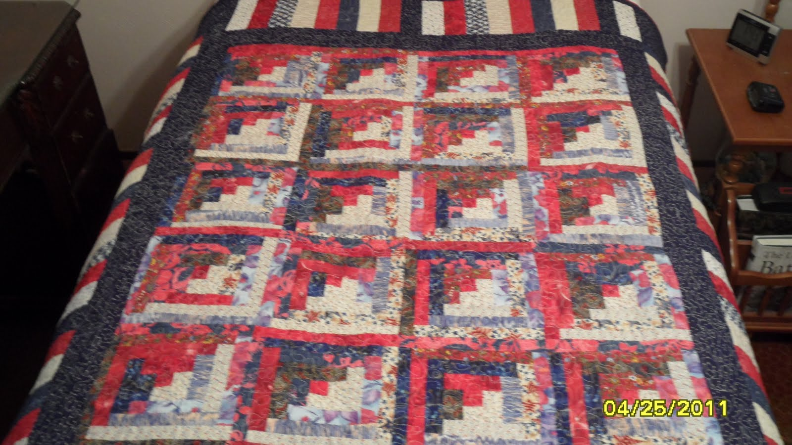 Beau I Do Like My Red, White And Blue Quilts It Seems. This One Is In A Traditional  Log Cabin Pattern. Some Of The Fabric Came From A Selection Of Fat Quarters  ...