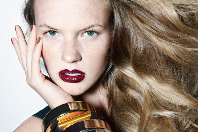 Anne Vyalitsyna Biography and Photos