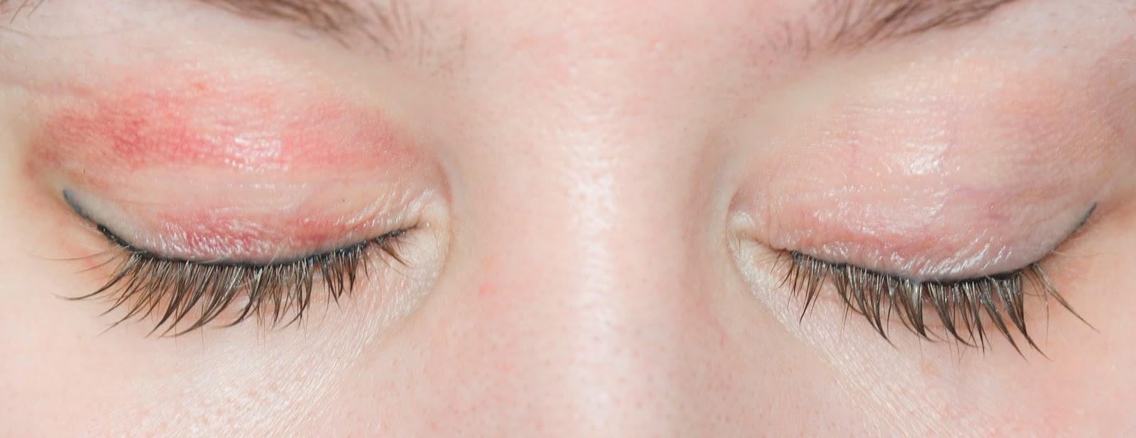 Корочки после татуаж глаз