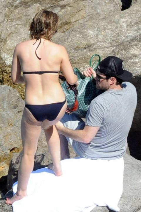 Hilary Duff in a Black Bikini Pics