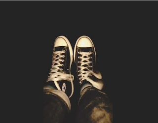 Greyson Chance feet black converse chucks