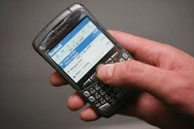 brasileiros que acessa a internet via telefone celular mais do que dobrou