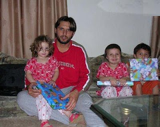 shahid afridi daughters