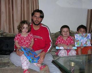 shahid afridi daughters