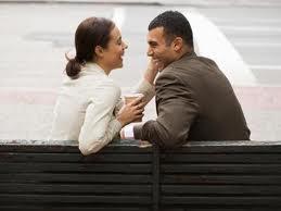 كيف تجعل زوجتك تحبك - رجل يحب زوجته امرأة - man loves a woman