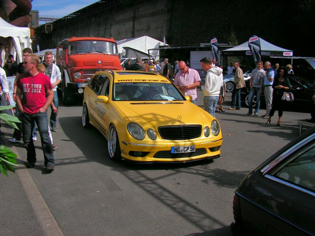 mercedes s211 e320 yellow