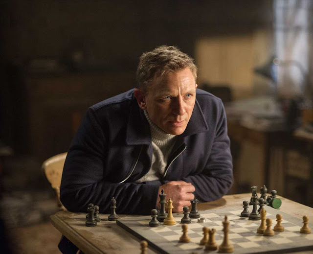 Daniel Craig bond spectre movie still