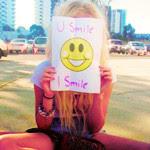 Tu sonríes , Yo sonrió