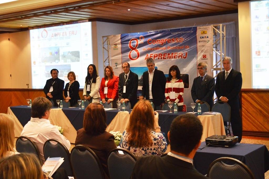 Abertura do 8º Congresso de Previdência Municipal: evento reúne participantes de 40 municípios em Teresópolis