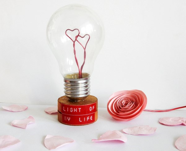 DIY Upcycler Une Ampoule Pour La Saint Valentin Caro