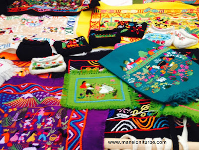 Artesanía Textil: Bordados de Santa Cruz en la Región del Lago de Pátzcuaro