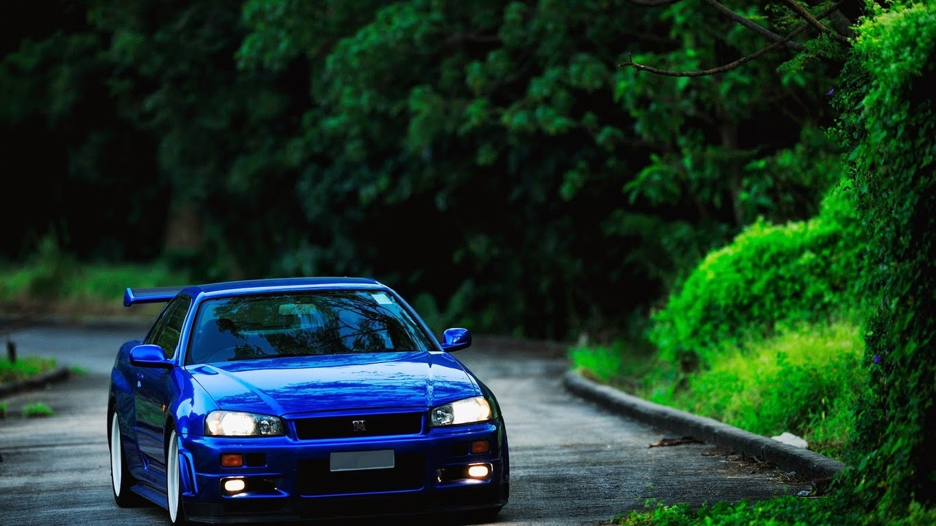 The 1999 2002 Nissan Skyline GT R Or Also Known As Godzilla Is A 2 Door Sports  Car That Is Made By The Japanese Car Maker Nissan And Was Designed By Kozo  ...
