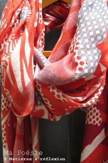 Ma Poésie Foulard rouge sousbois accessoire imprimé