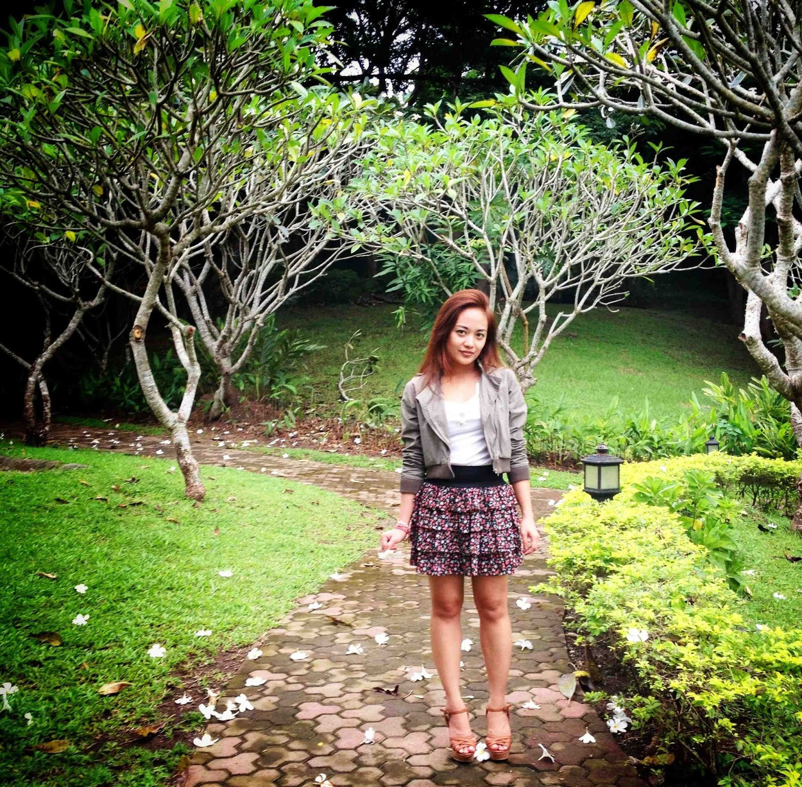 weekend getaway, south of manila, ruffled skirt, summer outfit