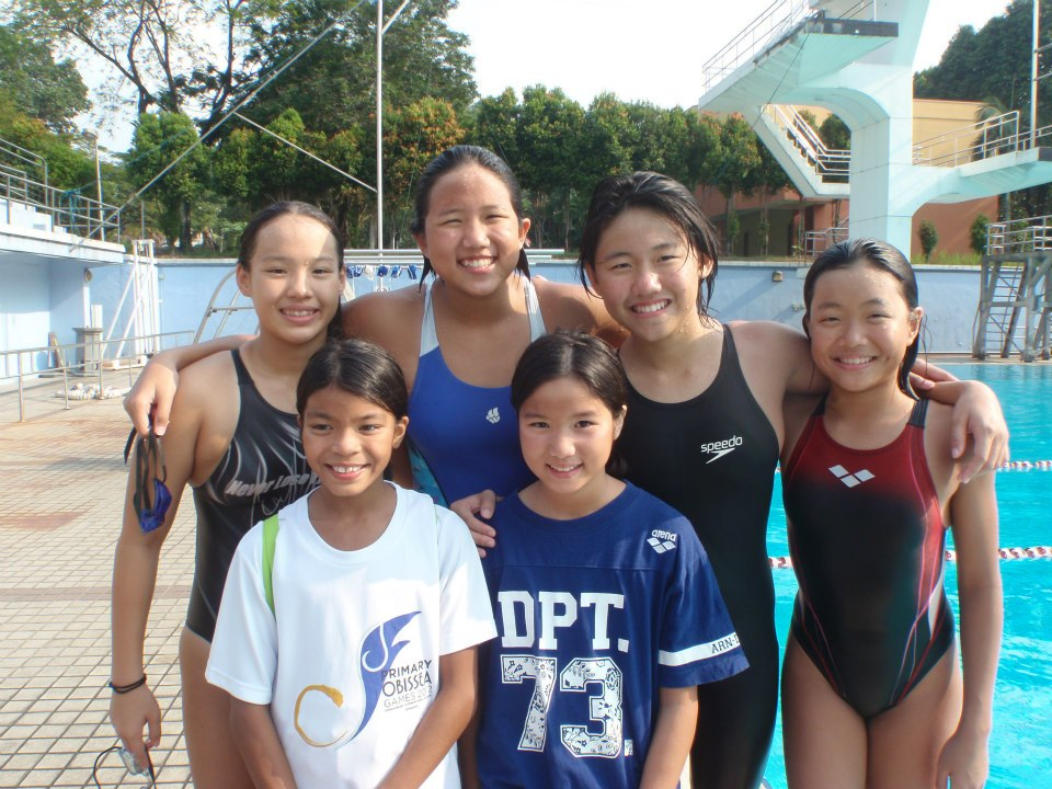 Ikan Bilis Swimming Club 1971 Kl Tan Rou Ying Earned A Place In The National Squad