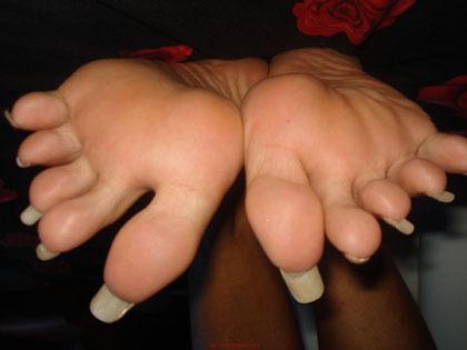 Long nail femdom