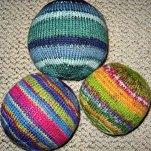 Knitting Patterns For Toy Balls : Knitting With Karma: What to Knit Holiday 2012 6 - Toys