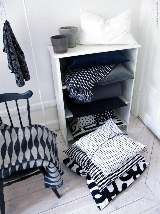 hege greenall scholtz while we are waiting. Black Bedroom Furniture Sets. Home Design Ideas