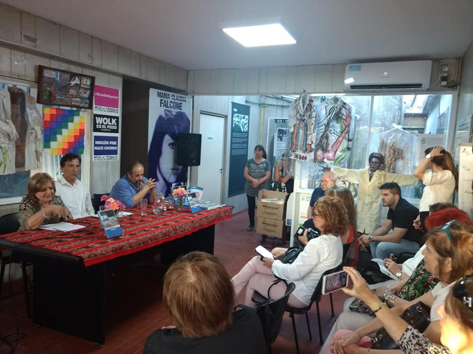 Con Gustavo Campana presentando la Novela Málaga