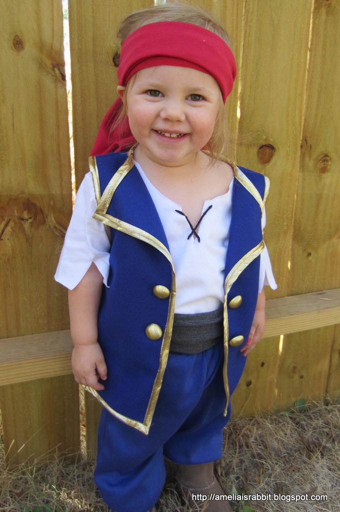 Jake and the Neverland Pirates costume  sc 1 st  Amelia is Rabbit & Amelia is Rabbit: Jake and the Neverland Pirates costume