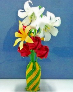 PaperCraftCentral 3D Origami Tall Vase With Flowers
