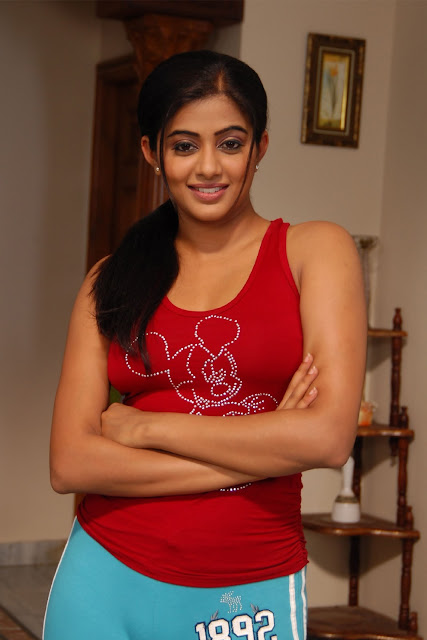 Priyamani pictures hot high resolution pictures for Full body tattoo porn
