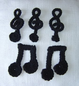 Free Crochet Patterns For Music Notes : Enthusiastic crochetoholic: Crochet Doodles