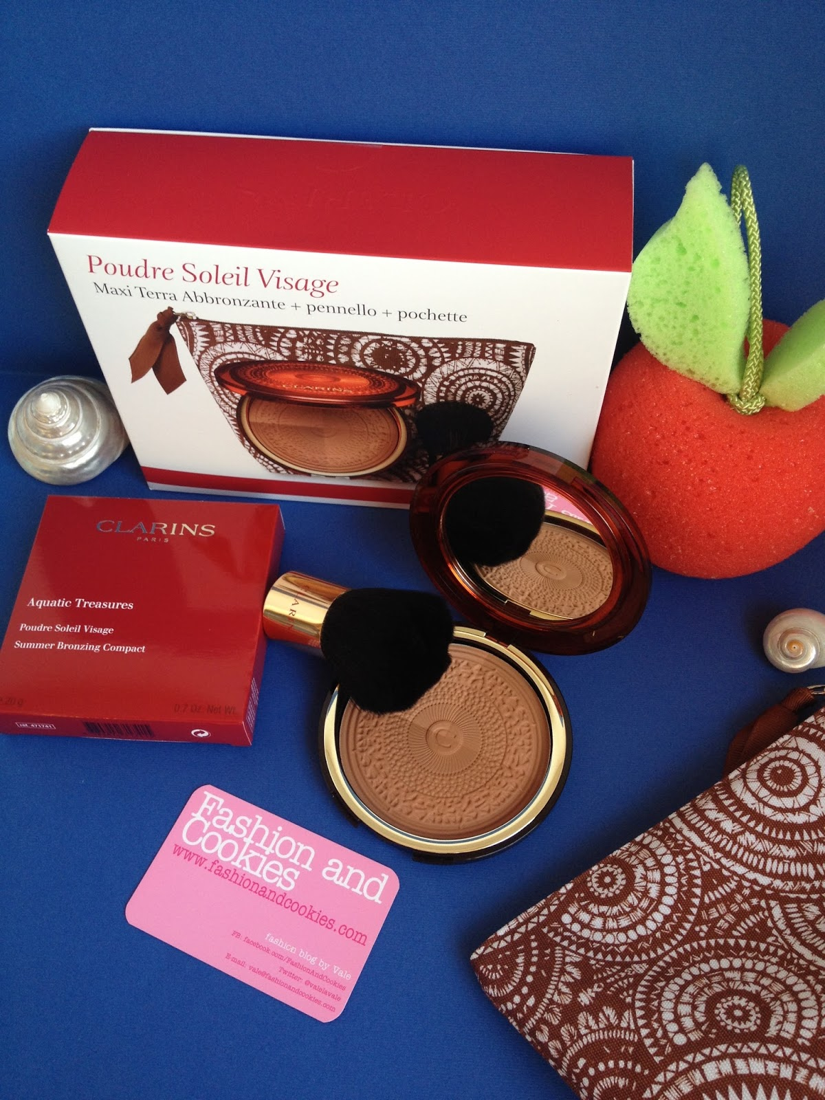 Clarins Aquatic Treasures Poudre Soleil Visage on Fashion and Cookies fashion and beauty blog, clarins aquatic treasures bronzer review, Clarins terra abbronzante
