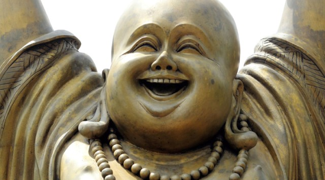laughing buddha statue images