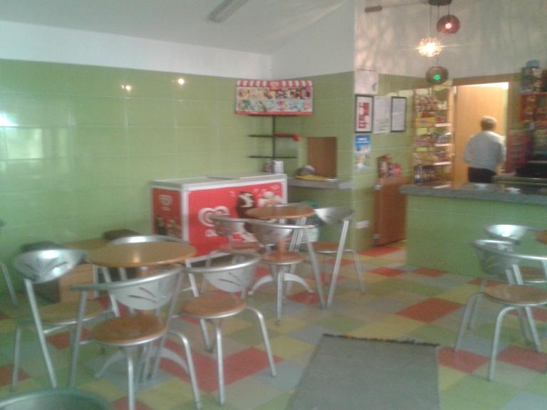 Interior Bar da Praia de Vila Cova á Coelheira