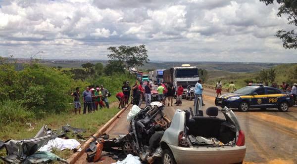 Acidente impressionante deixa 5 mortos em rodovia no DF