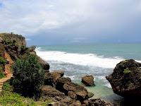 Wisata Indah Berbudaya di Pantai Ngobaran