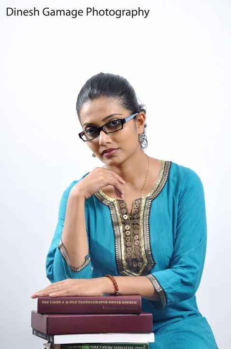 Dilka Samanmali - Derana TV