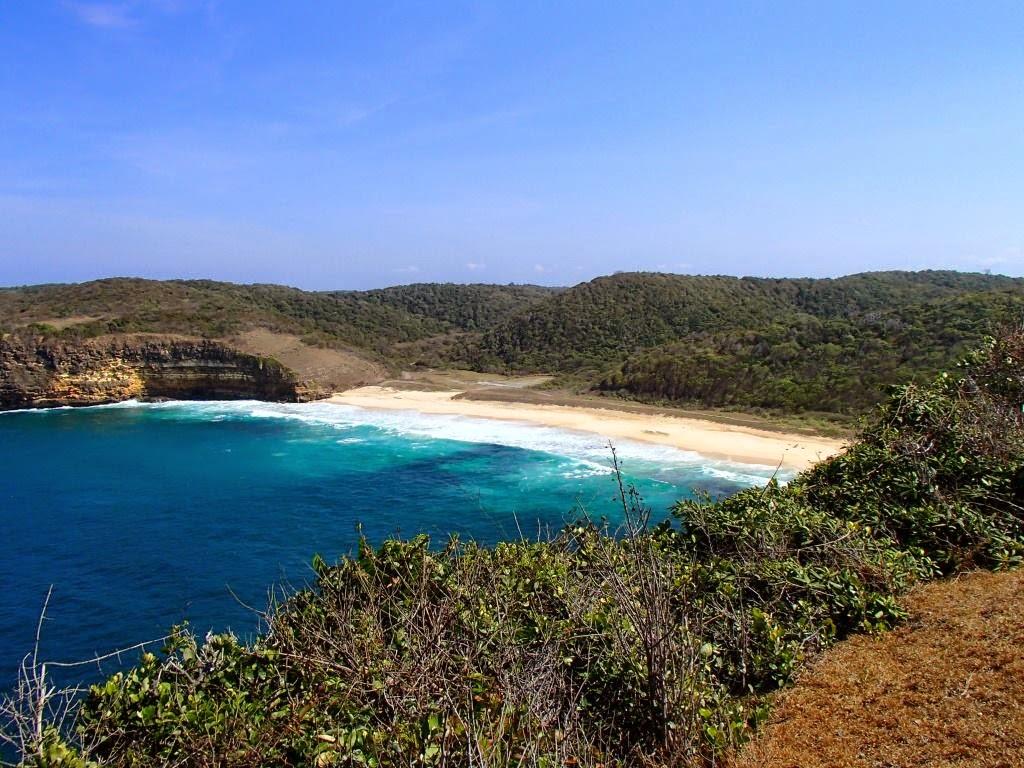 pantai gunung tunak lombok